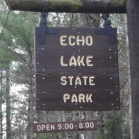 35-Cool Cliffs - Echo Lake SP