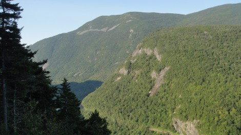 Crawford Notch and Mt Willard from Elephant Head